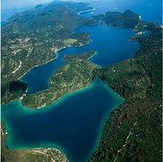 Influence of the water mass circulation on spatial and temporal distribution of ecotoxicants in Malo jezero and Veliko jezero lakes of Mljet Nationa...